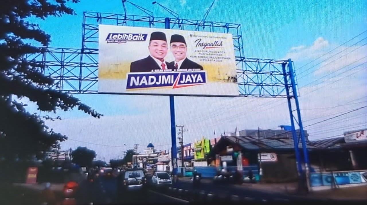 UNTUK BANJARBARU YANG LEBIH BAIK, Nadjmi-Jaya Bayar Pajak Reklame Kampanye 4