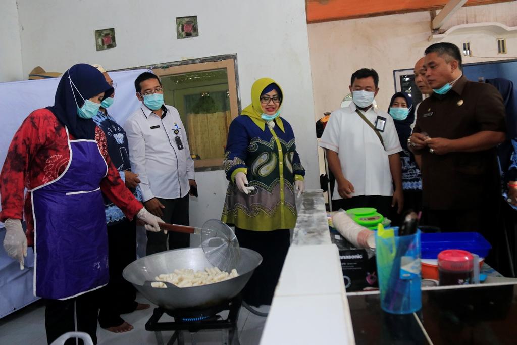 Amplang Idaman Renyah dan Gurih Ala Banjarbaru 4