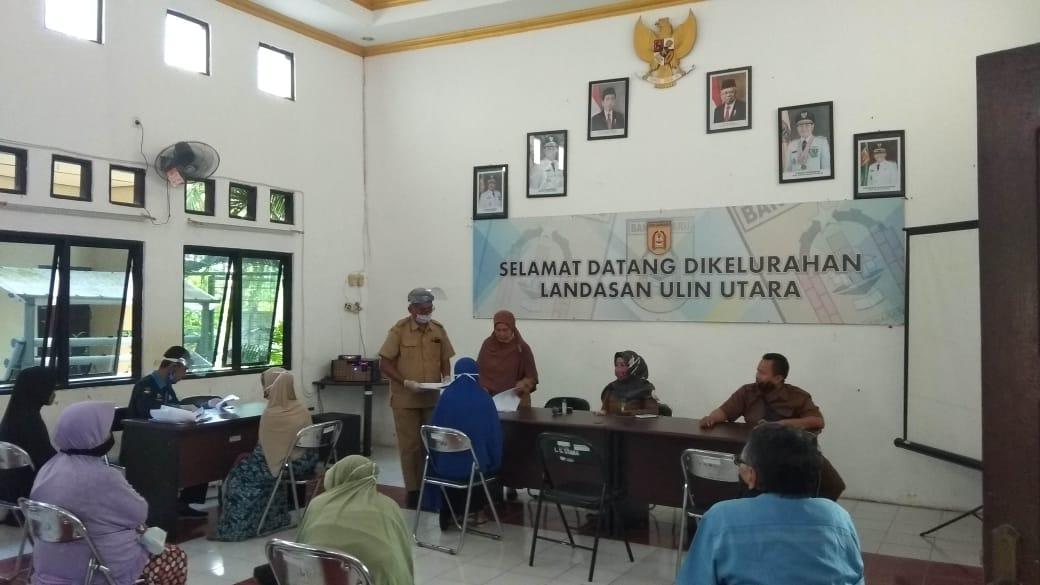 Kelurahan Laura Banjarbaru Salurkan BLT Tahap Dua 6