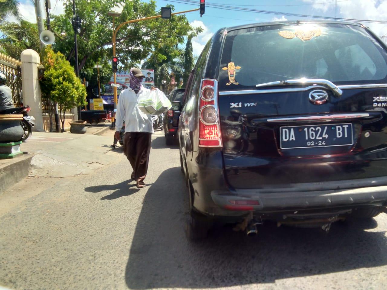 TRENDING: Klepon Tidak Islami? Ini Pendapat Penjual Dan Penikmat Klepon Di Martapura 6